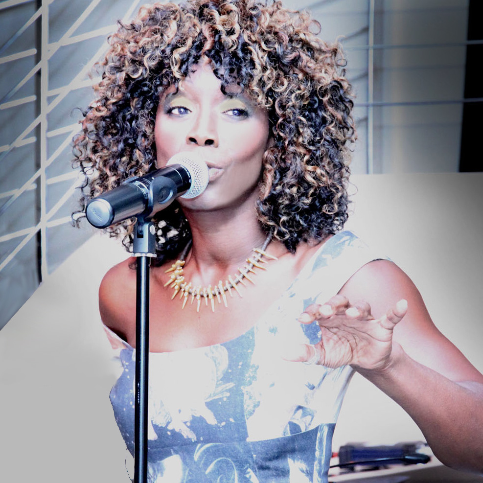 Zeeteah, Jazz Singer, London